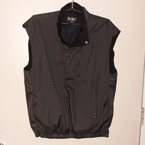 Men's Footjoy golf vest never worn/runs bigger